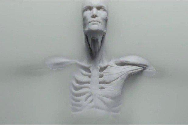 westworld-credits-who-is-a-secret-robot-host