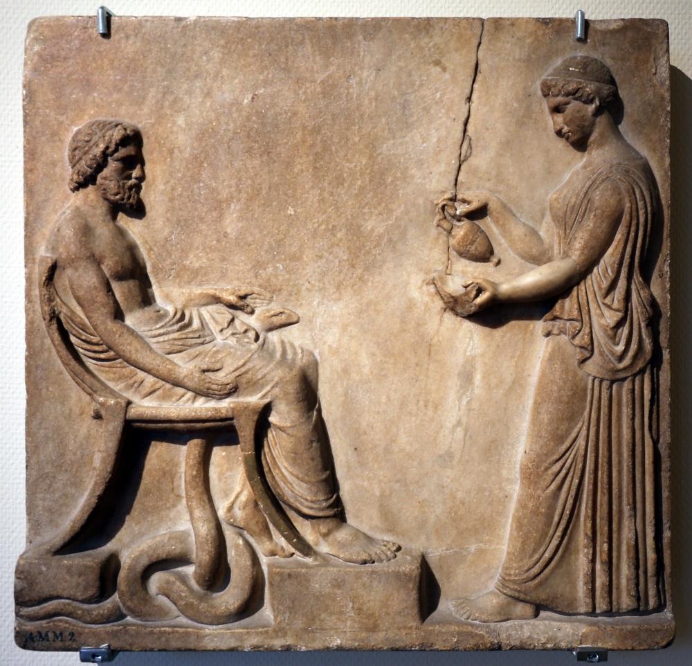 Italia,_pinake_con_asclepio_e_igiea,_I_secolo_dc