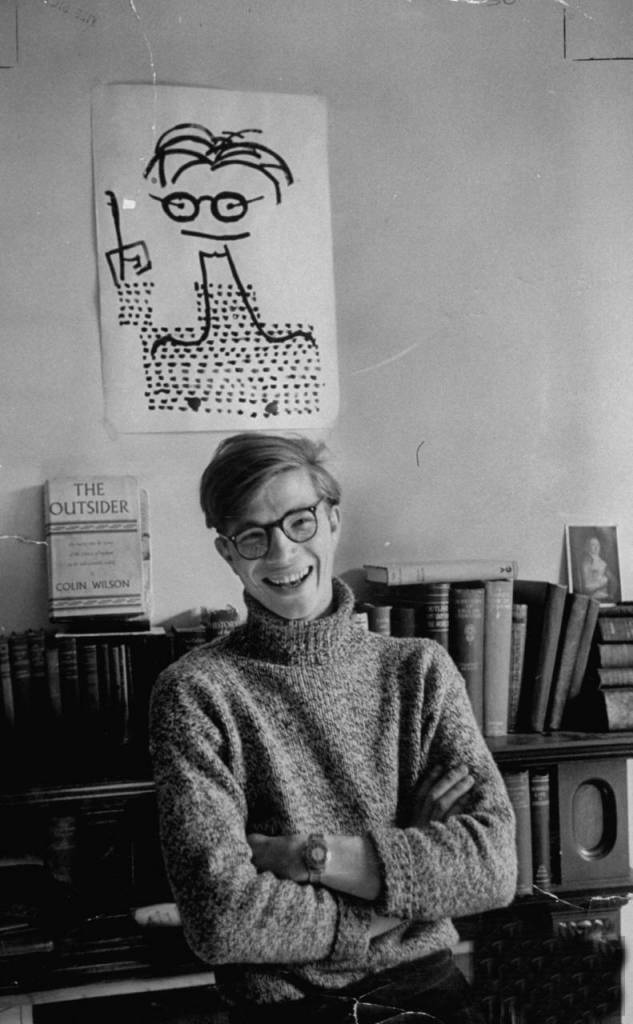 Colin-Wilson-with-poster-laughing-633x1024