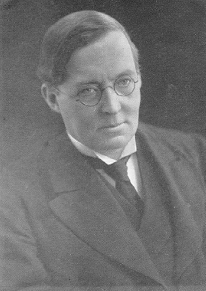 Montague Rhodes James.png